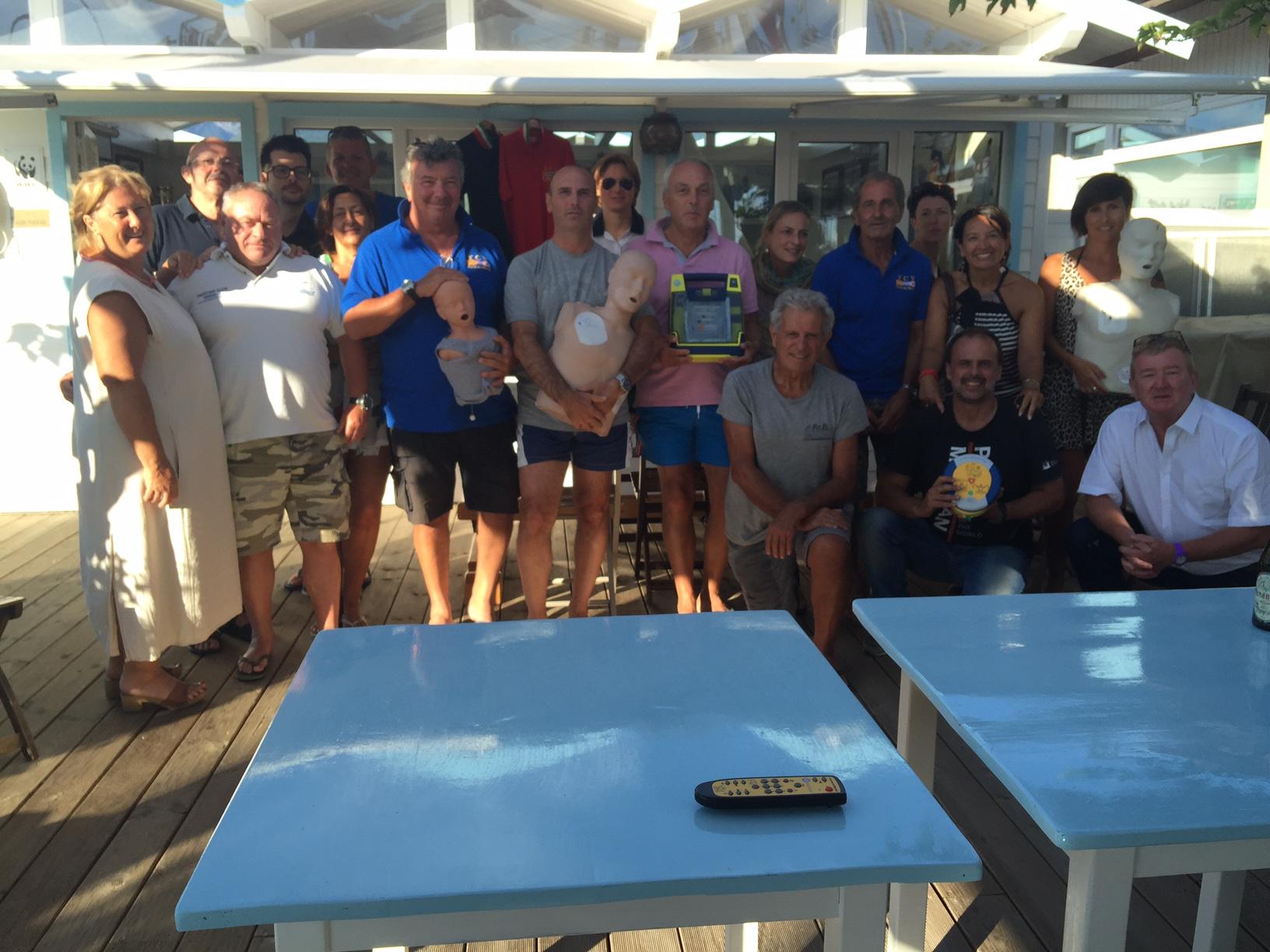 La foto di fine Corso, con gli amici dello Yachting Club Versilia...e la famiglia di Ugo...